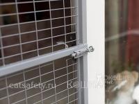 Дверь-сетка на балкон антикошка
