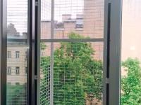 вольер-за-окно
