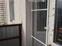 решётка-на-балкон-кошка-на-окошке